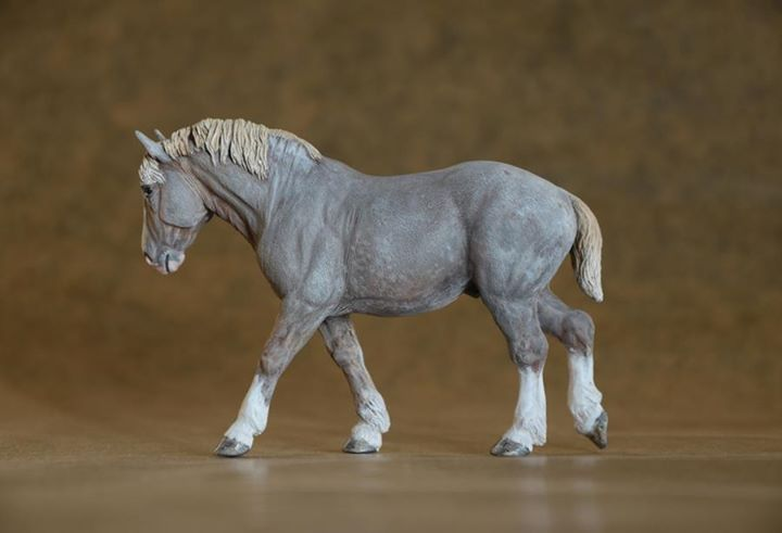 'Achille' Percheron Stallion 1:32 limited edition 30 - painted as a Flaxen Liver Chestnut Roan commission *sold*