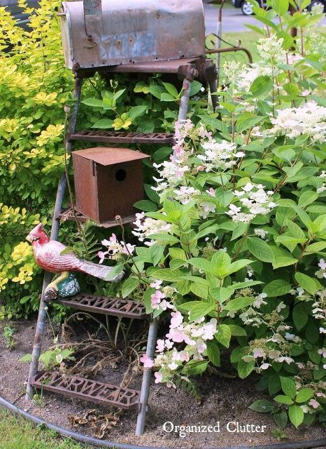 Garden Decor Ideas from Junk | Upcycling, Outdoor living and Decor