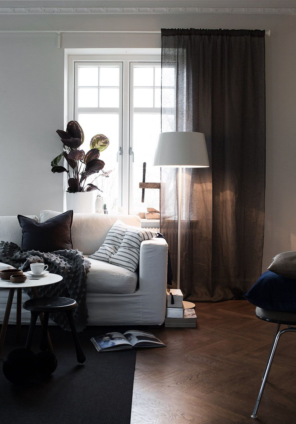 Livingroom | White sofa | Photo: Daniella Witte