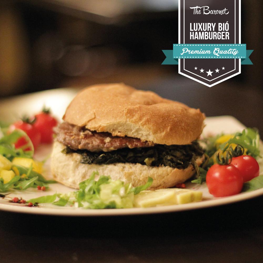 """Stasera The Baronet consiglia:  Biò, uno de nostri panini #TOP Panino Petra con Hamburger Bovinus Luxury (150gr) arrostito, friarielli """"L'Orto di Lucullo"""" e #mozzarella di bufala DOP"""