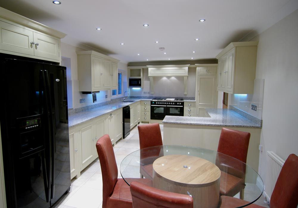 Lakeside Kitchens Are Designers, Suppliers And Installers Of Bespoke  Contemporary Kitchens In Bucks, Beaconsfield, Gerrards Cross, High Wycombe.