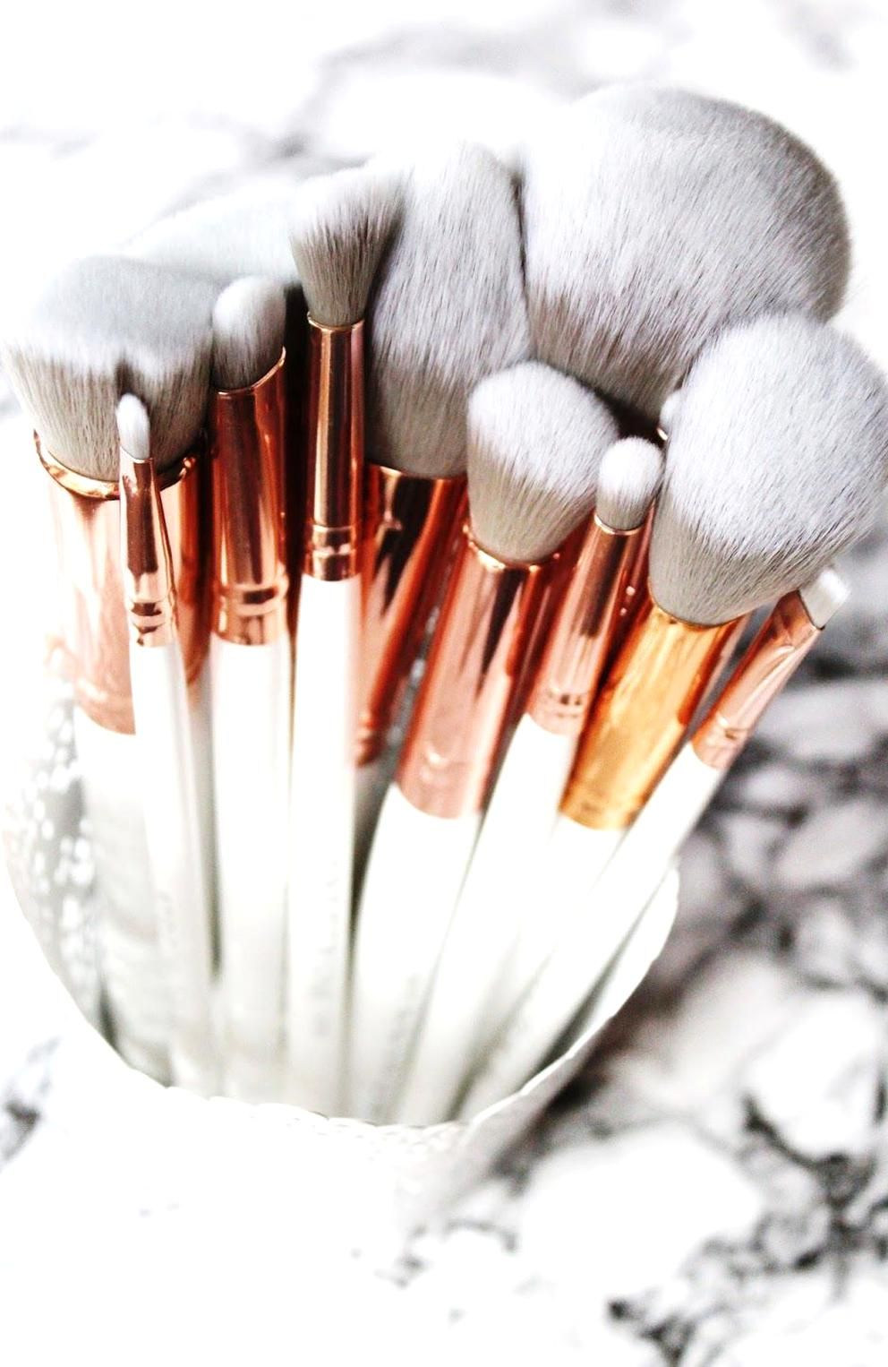 Spectrum Collections Brushes Marbleous 12 Piece Set Review