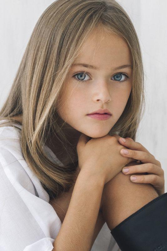 Kristina Young Models b162eab082d44