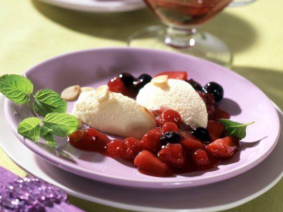 Marzipan-Schoko-Mousse mit Roter Grütze ist ein Rezept mit frischen Zutaten aus der Kategorie Backen. Probieren Sie dieses und weitere Rezepte von EAT SMARTER!