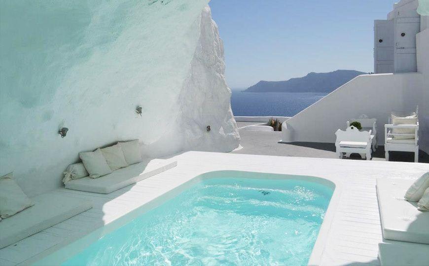 H tel katikies oia gr ce perch sur les falaises d oia - Hotel avec piscine privee dans la chambre ...