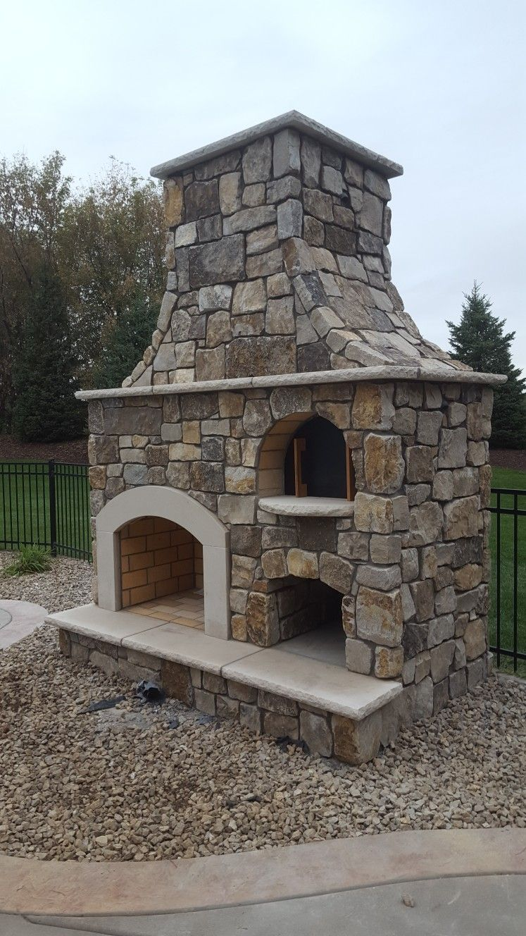 Outdoor Fireplace Pizza Oven In 2020 Outdoor Fireplace