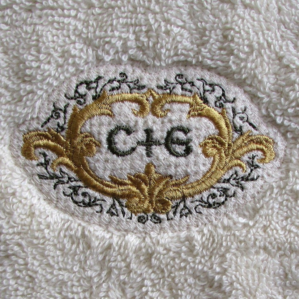 #embroidery on #towels and #fleece can frustrate- that's why I collected and refined my thoughts on #machineembroidery on textured materials again for my latest post. This #monogram frame design is tiny and features delicate straight-stitch scrollwork but with the addition of a light mesh fill background it stands up above the pile of the thick #terrycloth on which it's stitched. In person the mesh is less noticeable but I lit this from the side to let you see the texture of the fill. Hit…