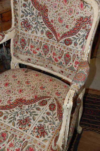 stylish bathroom tiles louis xv style chair vintage indian woodblock fabric 14588
