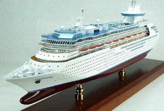 Majesty Of The Seas 1 350 Cruise Ship Model Royal Carribean Cruise Ship Models Royal Carribean Cruise Ship Model Ships