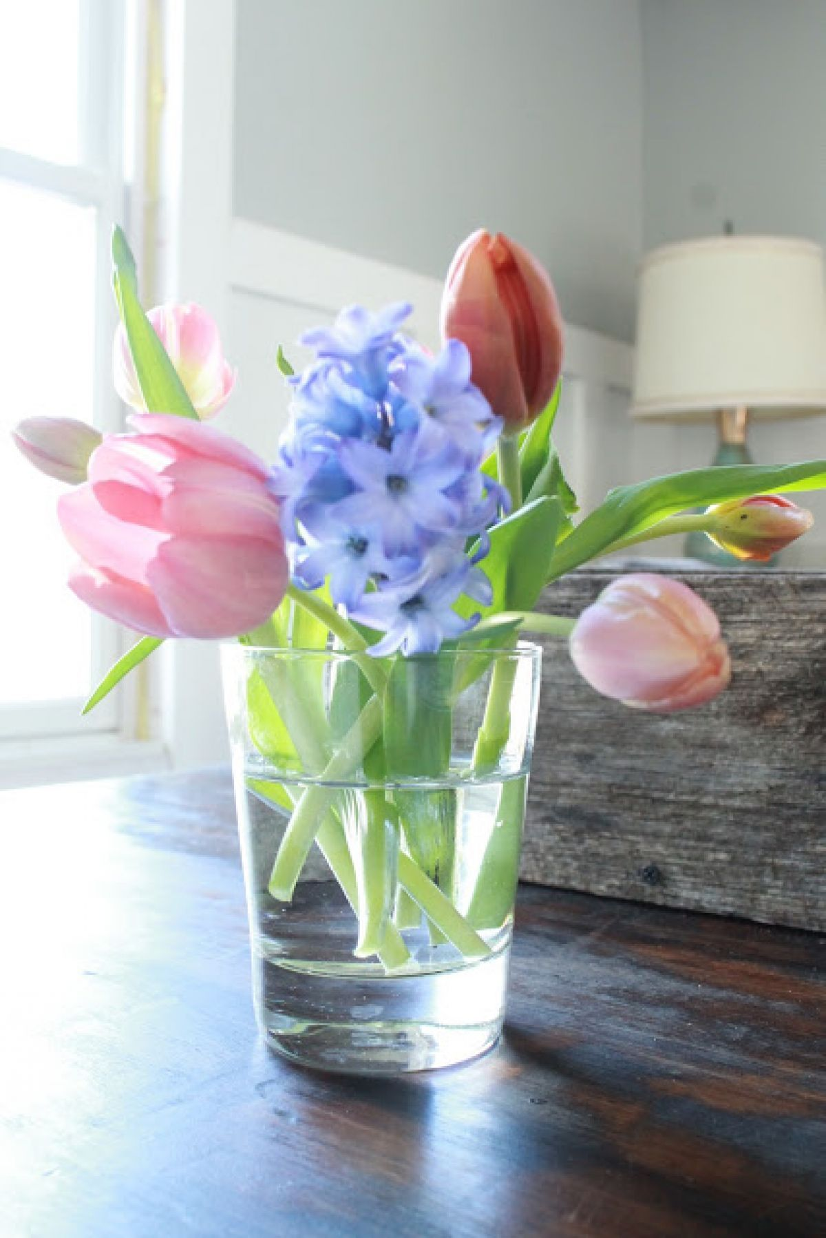 Easter wedding bouquets   Easy and Fun Easter Decorations You Can Make Last Minute