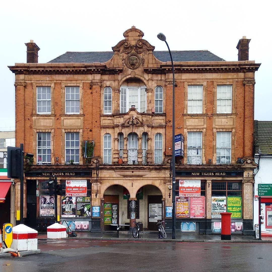 New Tigers Head #publichouse #lee #london #abandoned #abandonedplaces #pub #architecture #londonarchitecture #forsale #derelict
