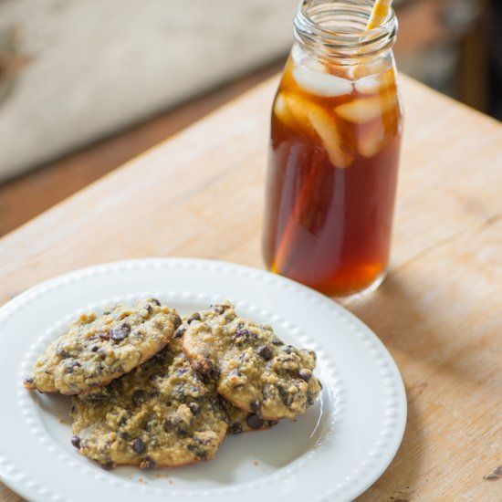 Easy + fun gluten/grain free cookies that have a hint of coffee!