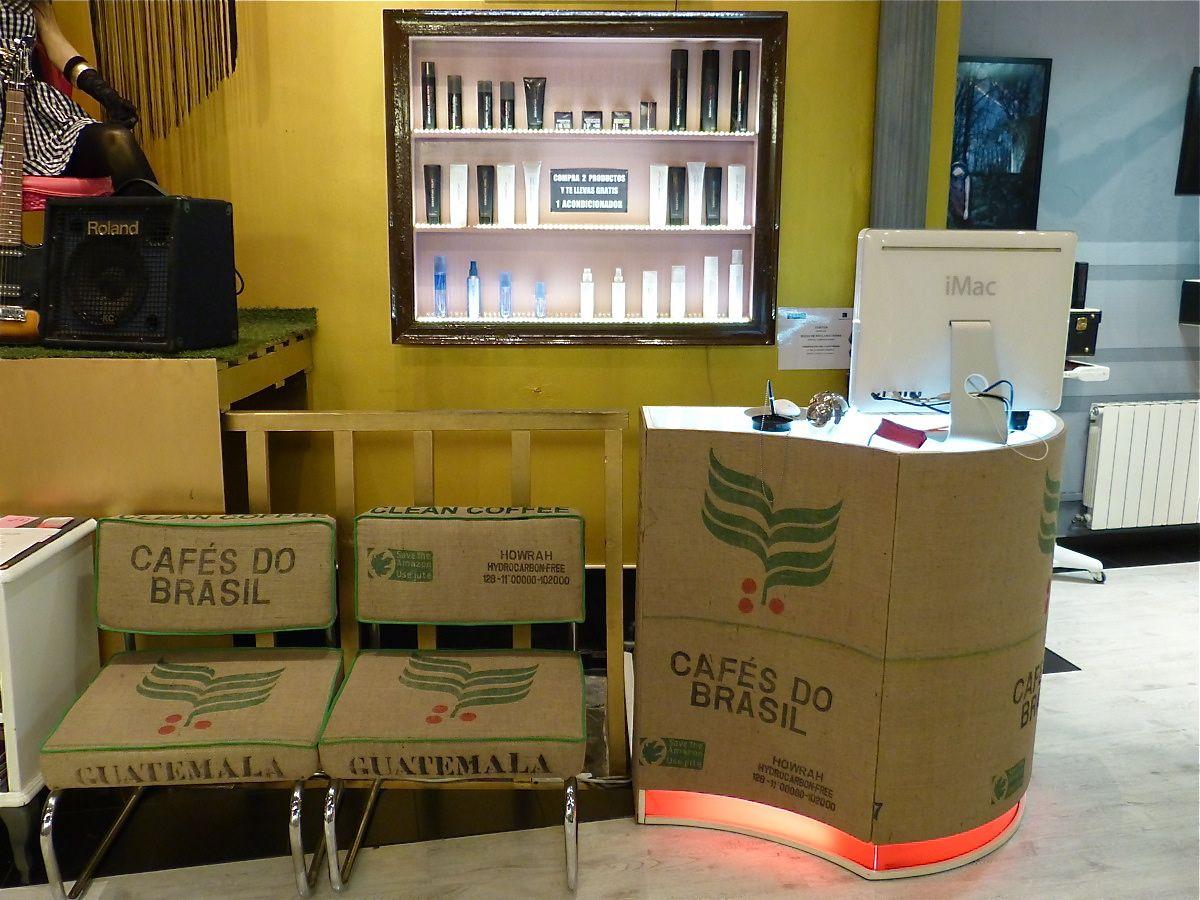 Recepci n peluquer a mostrador sillones reciclados sacos de caf salon apodaca madrid muebles - Muebles originales madrid ...