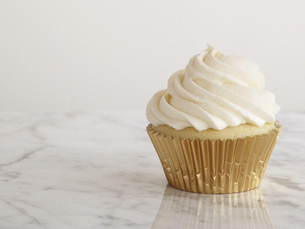 Go-To Vanilla Cupcakes