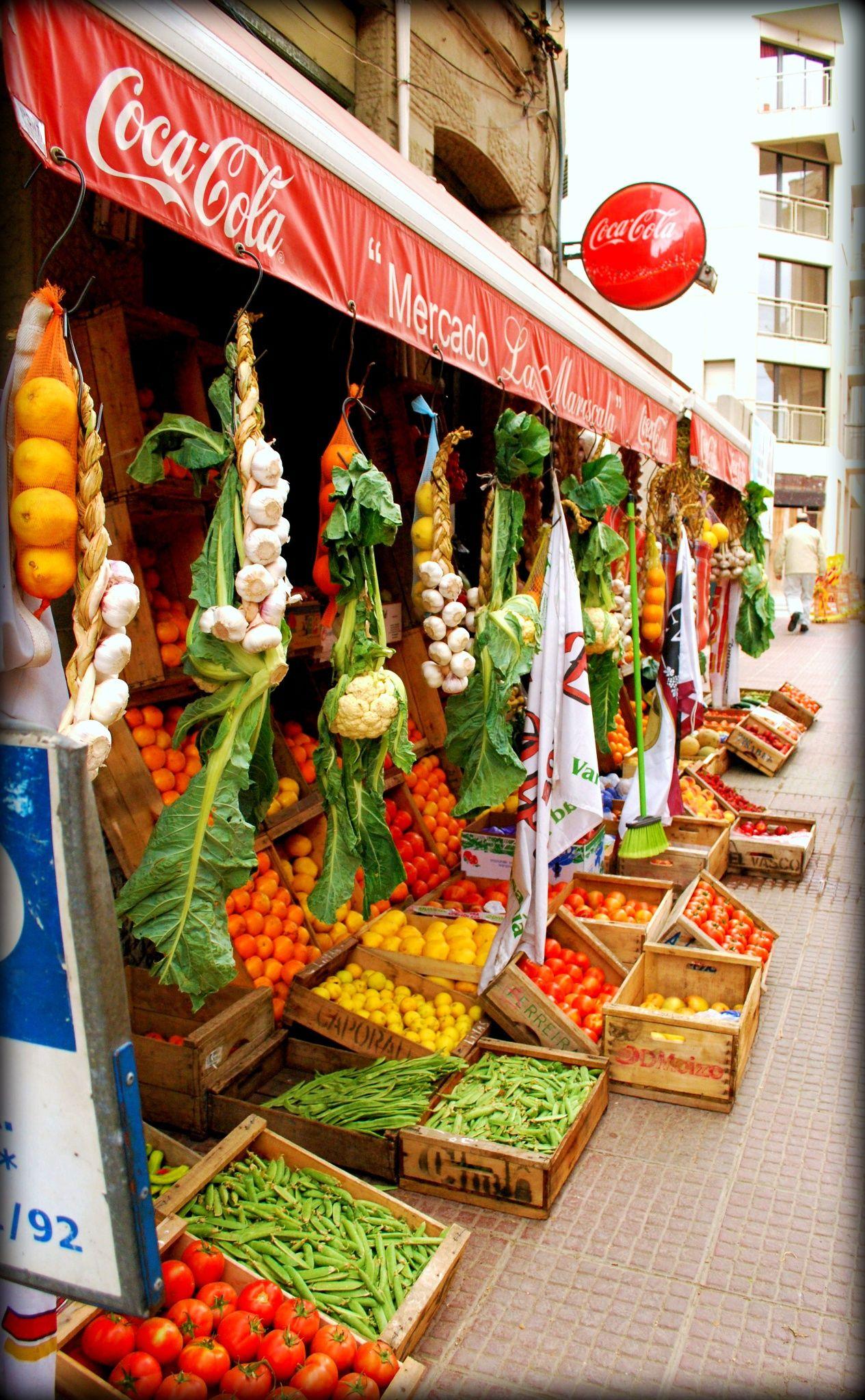 Market Outdoor market in Montevideo, Uruguay. World