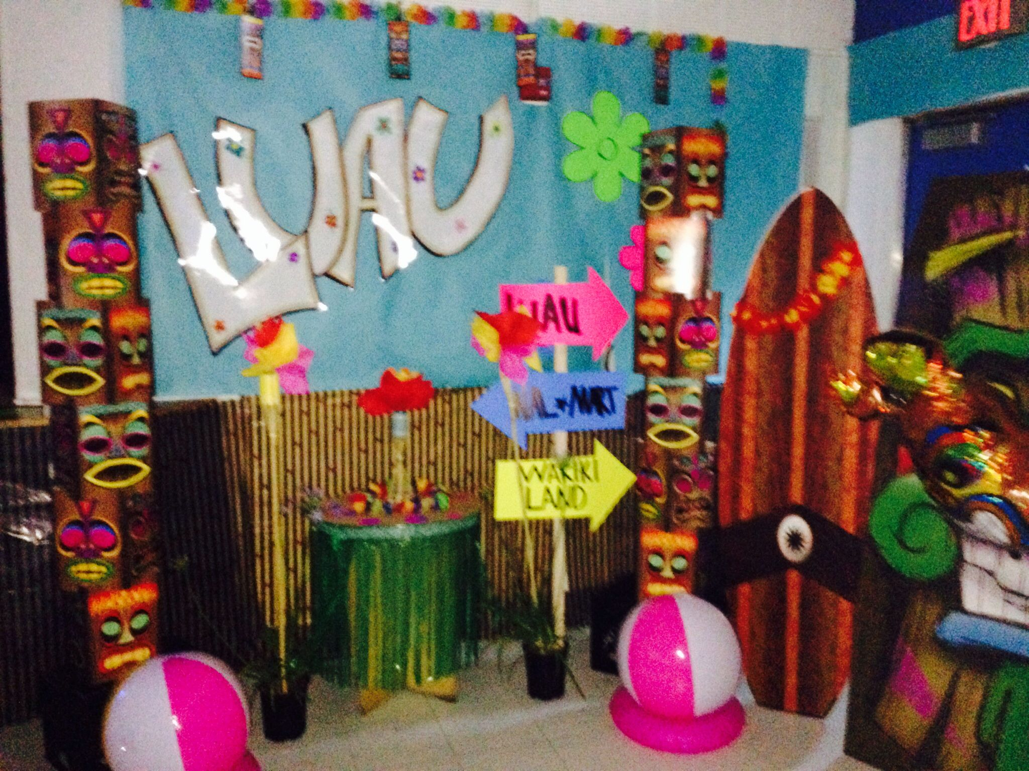 Hawaiian Luau Decorations. School Dinner Dance ideas