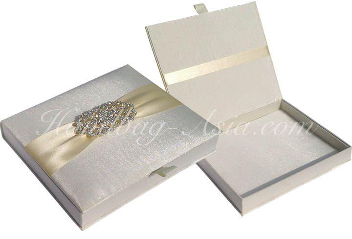 Luxury Ivory Silk Wedding Box For Invitation Cards