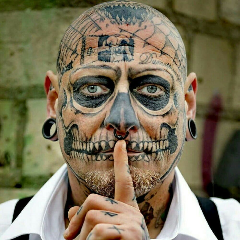 Voted The Scariest 35 Tattooed Guys In The World Best Funny Pictures Funny Meme Pictures Neck Tattoo For Guys
