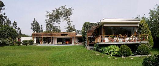 Dise o de casa de campo con piscina planos de casa de for Modelos de casas de campo con piscina