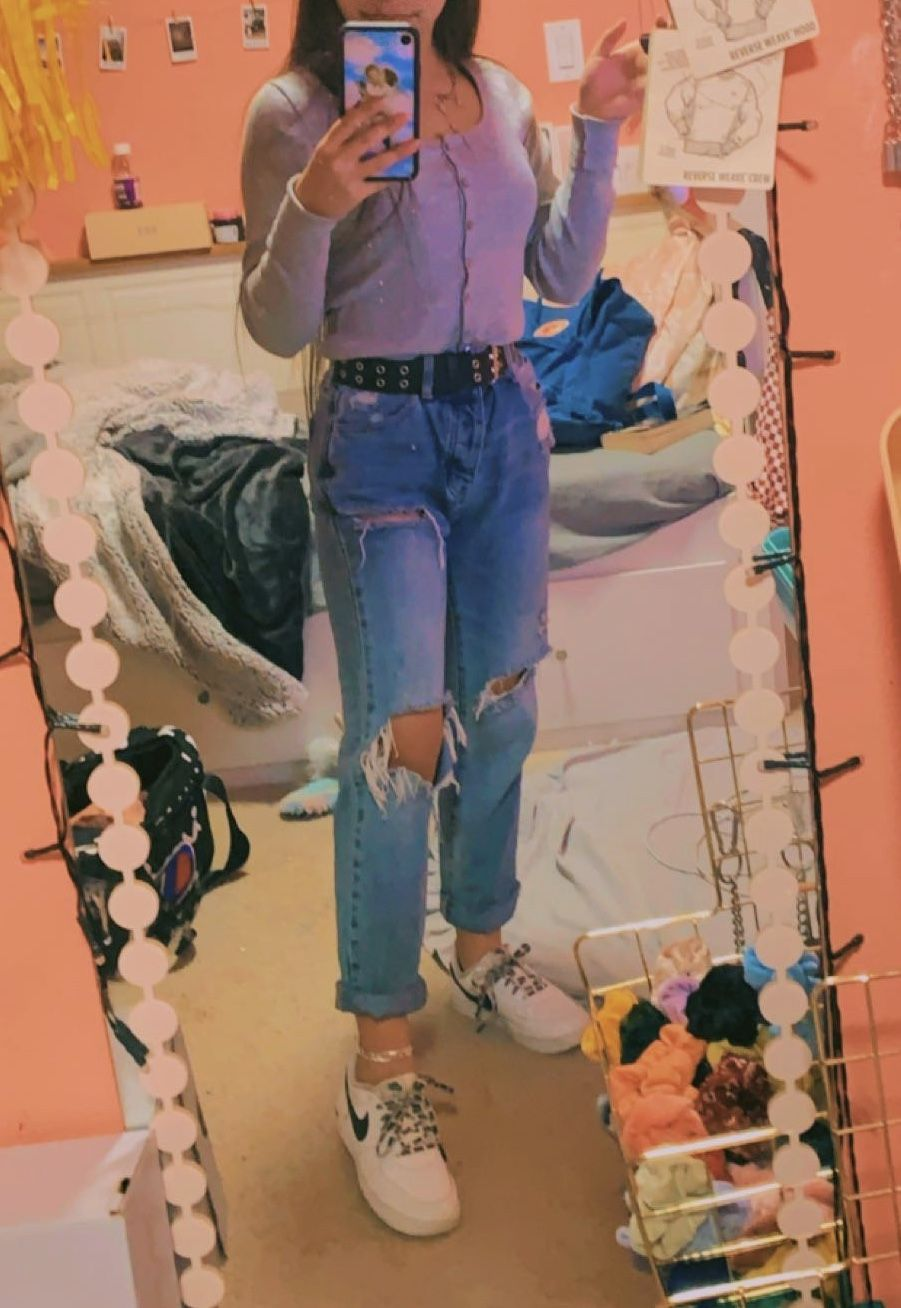 Shirt Belt Brandy Melville Jeans Pacsun Shoes Nike Mom