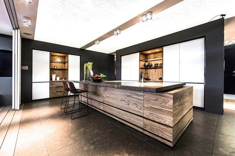 Idees De Cuisine Moderne Ilot Central Bois Massif Tabourets De Bar