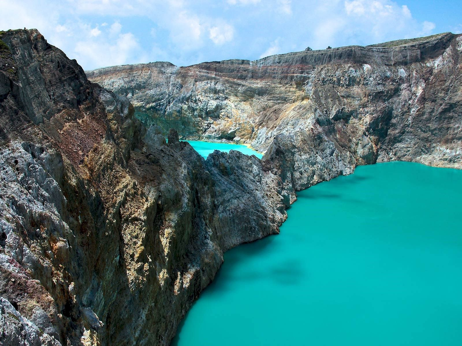 The world's best volcanic sites  KELIMUTU, FLORES ISLAND, INDONESIA