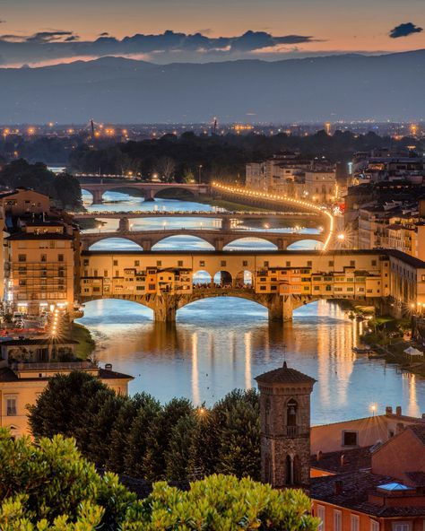 Italian Florence: Ponte Vecchio, Florence, Italy