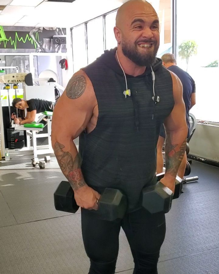 Shoulder attack #bodybuildingmotivation #shoulders #bodybuilder #beast #beastmode #motivation #muscl...