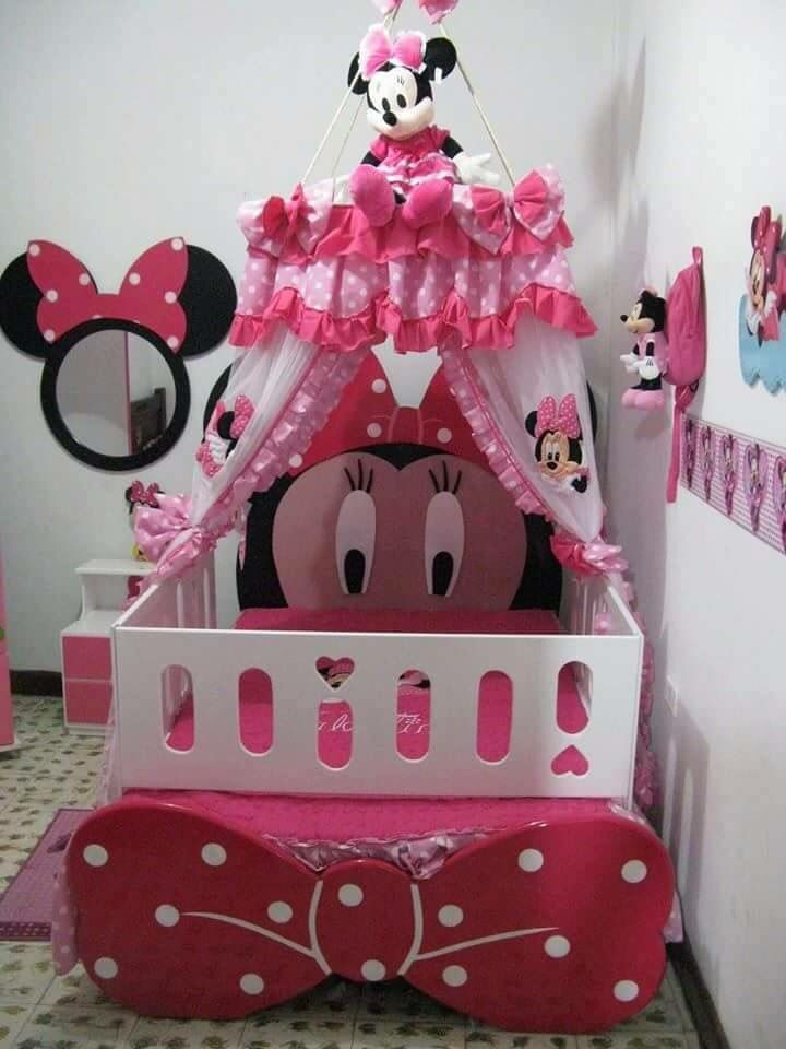 cute minnie mouse bedroom all things disney pinterest chambres disney chambres et. Black Bedroom Furniture Sets. Home Design Ideas