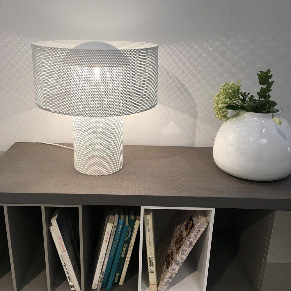 Objet Deco Laque Blanc lampe à poser en métal perforé laqué blanc style années 70