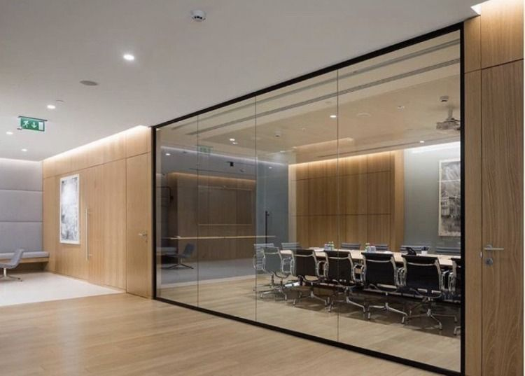 Home Decor 25 Beautiful Contemporary Offices That Combine Glass And Wood Office Interior Design Corporate Office Design Modern Office Design