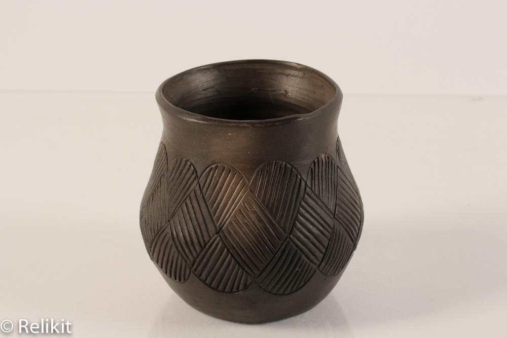 Vintage Louise Bigmeat Cherokee Vase Small Crosshatch Blackware Pottery 3 1 2 Pottery Crosshatch Indian Pottery