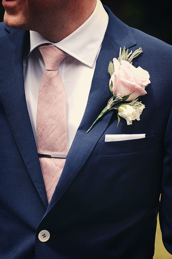 Dark Blue Suit And Light Pink Details Groomsuit