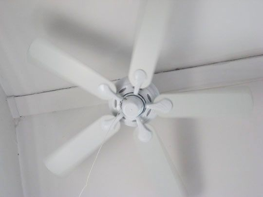 Quick Tip 15 How To Clean Your Ceiling Fan The Easy Way