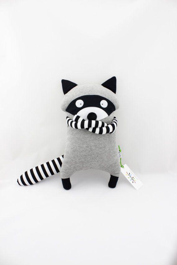 Raton Laveur Jouet Peluche Doudou fait main | DIY toys | Pinterest ...