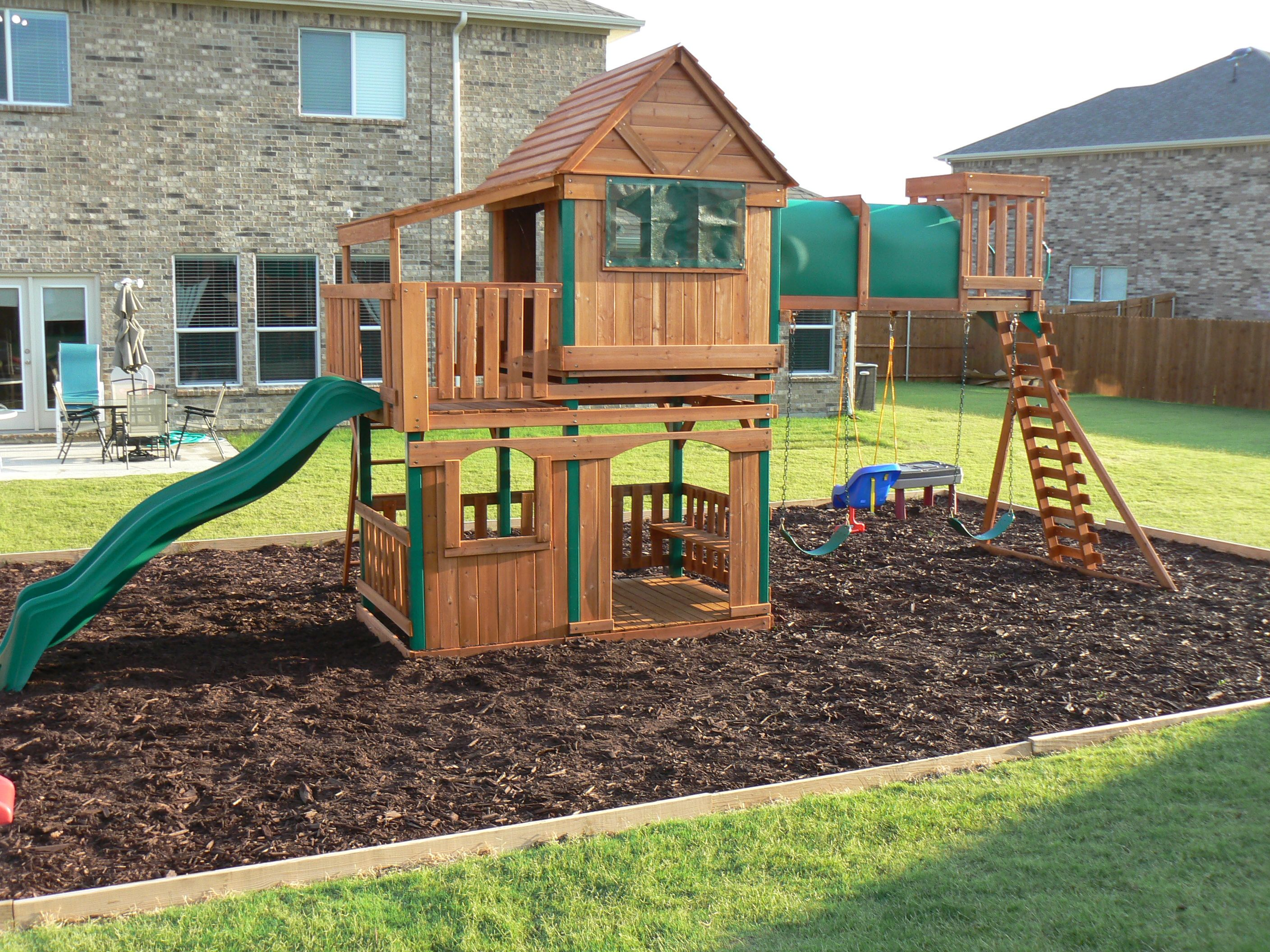 Step by step how to border a playground area backyard for Play yard plans