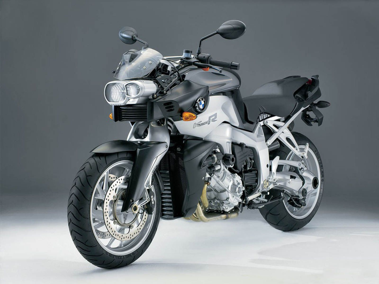 4be3e635291bb368700d161dfa9b9da2 Extraordinary Bmw R 1200 R Street Fighter Cars Trend