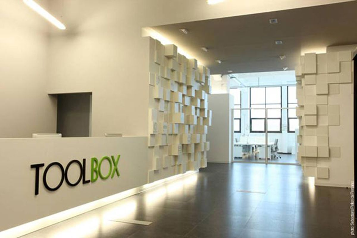 Torino office lab design the toolbox entrance office for Office design tool