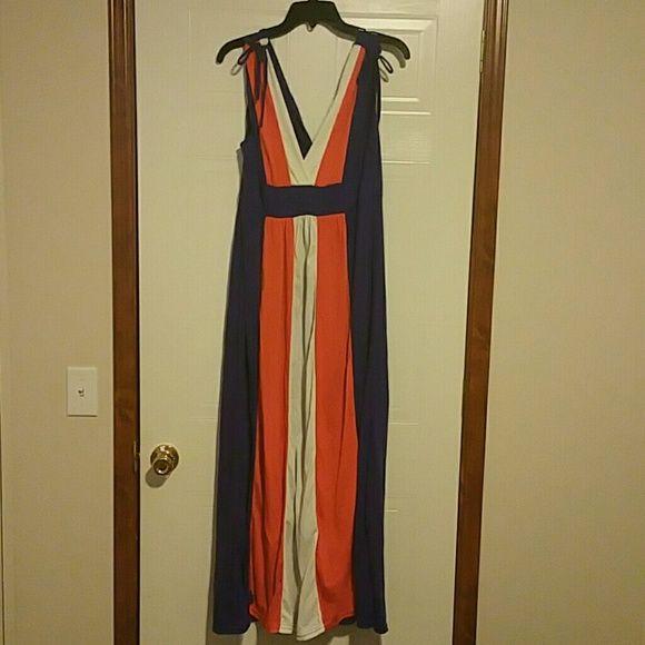 CLEMSON FAN MAXI DRESS Brand new, with tags! Size Large, Clemson colors! Connection 18 Dresses Maxi