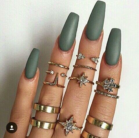 vernis mat kaki nailart nails pinterest ongles ongles vernis et onglerie. Black Bedroom Furniture Sets. Home Design Ideas