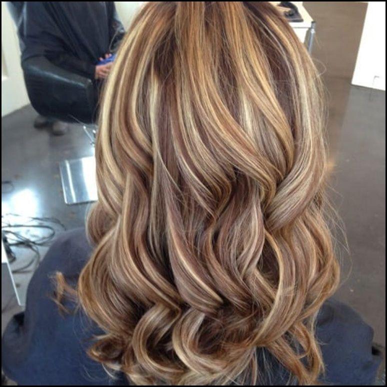 50 Stilvolle Vorschläge Für Braune Haare Mit Blonden Strähnen