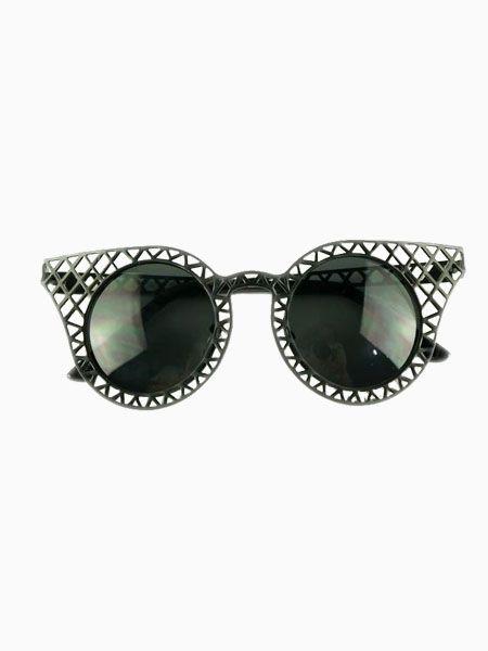 Ridge Hollow Out Cat Eye Sunglasses - Choies.com