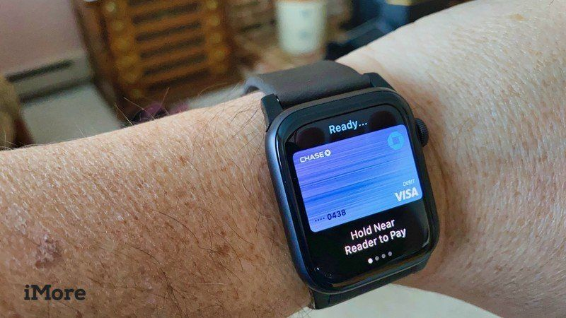 Change your default apple pay card on apple watch and make