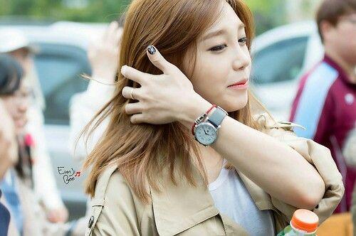 Apink Eunji Shoulder Length Hair