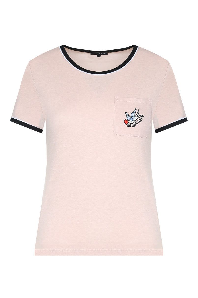 LIGHT PINK BADGE T-SHIRT   Fashion   Pinterest b698006560