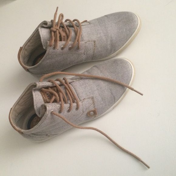 Mustang Vintage shoes Vintage style Mustang shoes. size 7