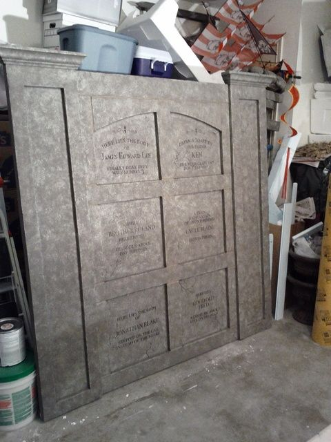 Prop Showcase Wall Crypt This is Halloween! Pinterest