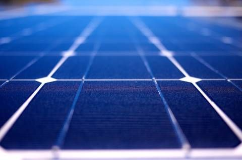 Army Invents Tiny Solar Cells That Are Cheaper Stronger Solar Panels Solar Best Solar Panels