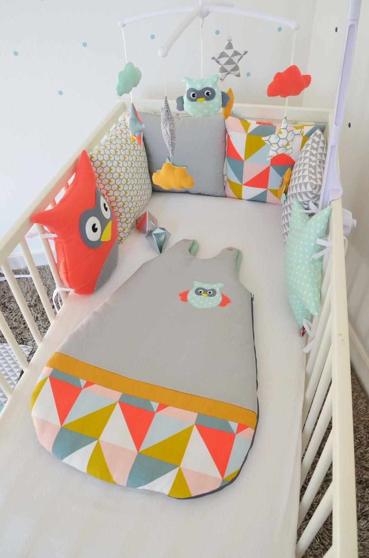 tour de lit chouette hibou nuage et toile coloris. Black Bedroom Furniture Sets. Home Design Ideas
