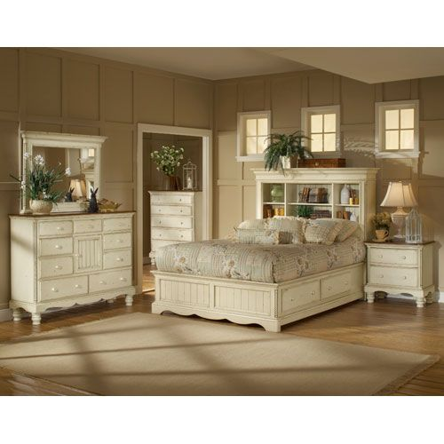 Wilshire Antique White King Four Piece Bookcase Bed Set Hillsdale